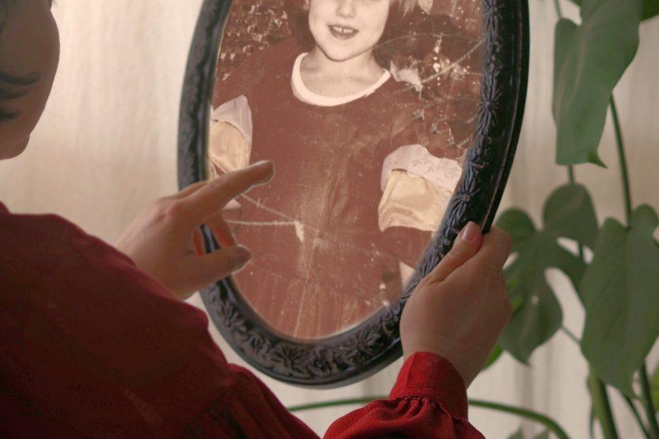 kogo widzę w lustrze? bardzoosobiste.pl